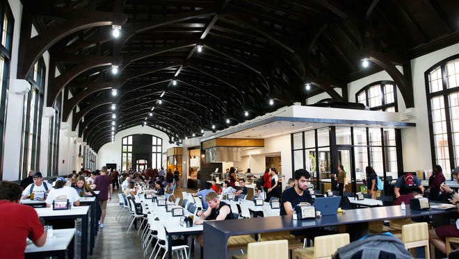 The Suwannee Dining Hall at Florida State University underwent a major renovation during the first half of 2018. The renovation redesigned the overall appearance of the meal room, providing students a modernized dining experience.
