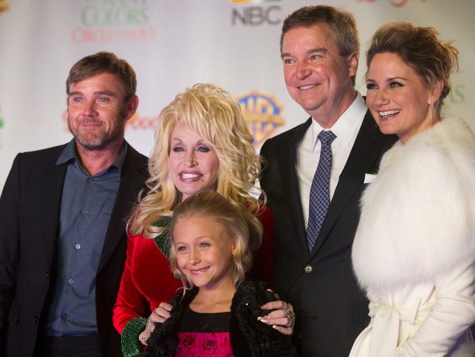 From left Ricky Schroder, who plays Robert Lee Parton;