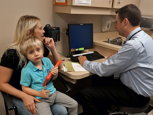 des.m0825vaccination.bn3.jpg