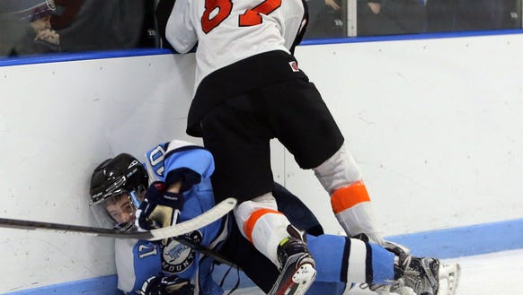 Lohud Hockey Game Day - Mamaroneck vs. Suffern