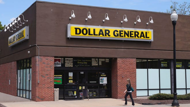 Dollar General plans to open 1,000 new stores in fiscal 2017.