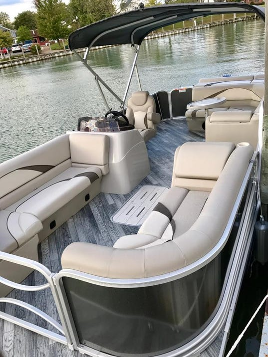 636507641895112537-boat-rental.jpg
