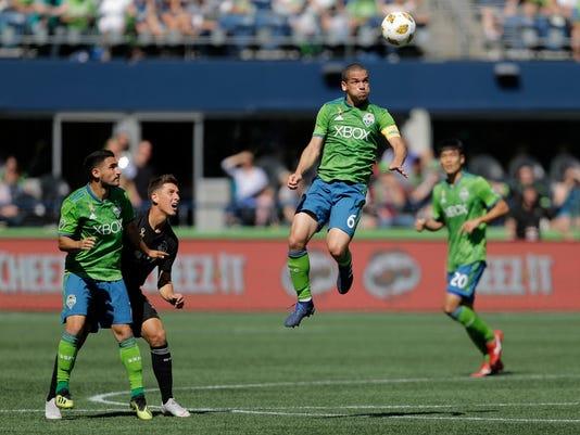 MLS_Sporting_Kansas_City_Sounders_Soccer_45039.jpg