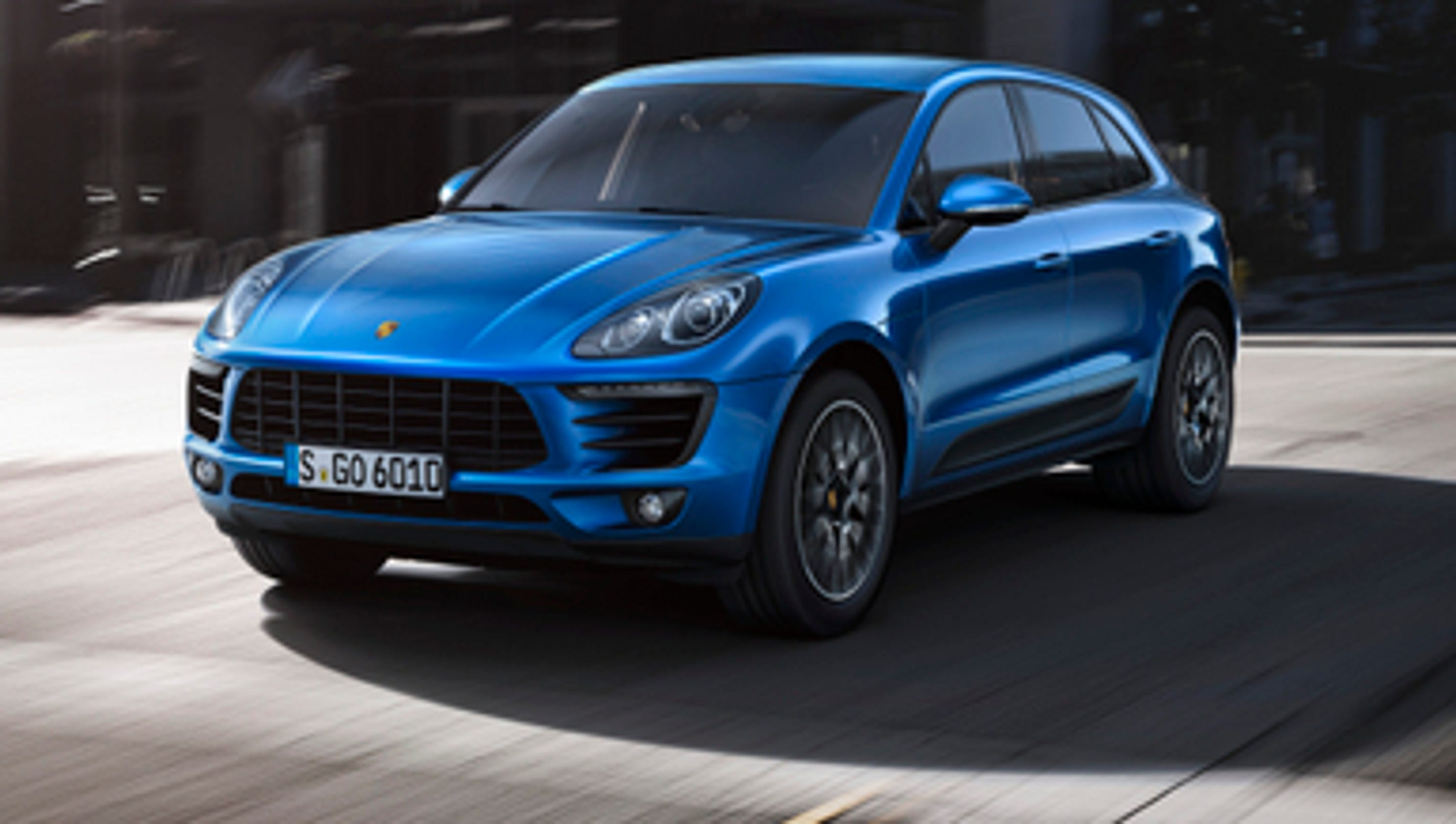 the new porsche macan compact crossover suv. Black Bedroom Furniture Sets. Home Design Ideas