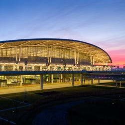 Indianapolis airport, eyeing London, expands incentives for international flights