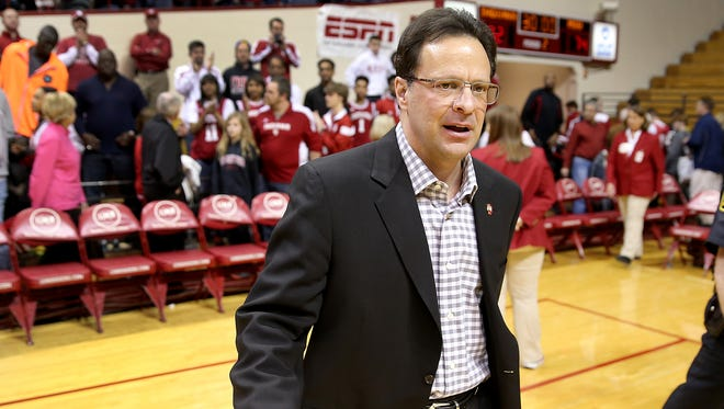A dejected Indiana Hoosiers head coach Tom Crean walks off the court March 7, 2015 at Assembly Hall.