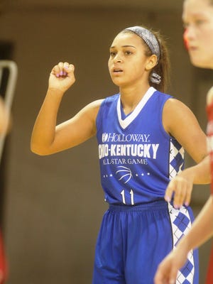 Boone County guard Zyah Beal calls for the ball.