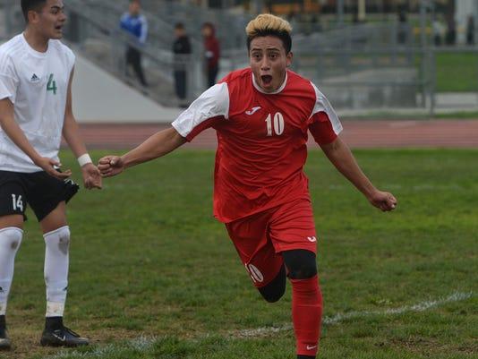 Hueneme-Pacifica boys soccer 1
