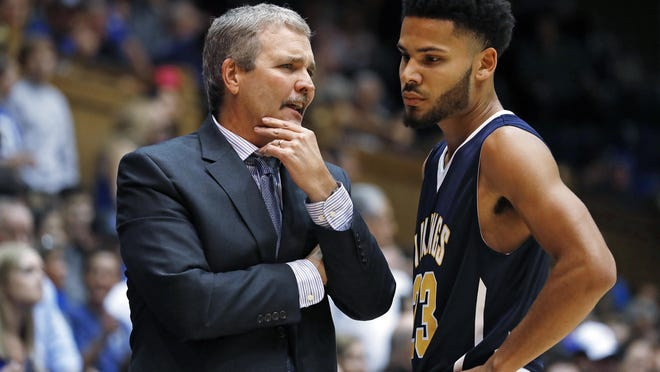 Augustana coach Tom Billeter and guard Jordan Spencer are hoping to go back to the Division II NCAA tournament for a fourth straight season