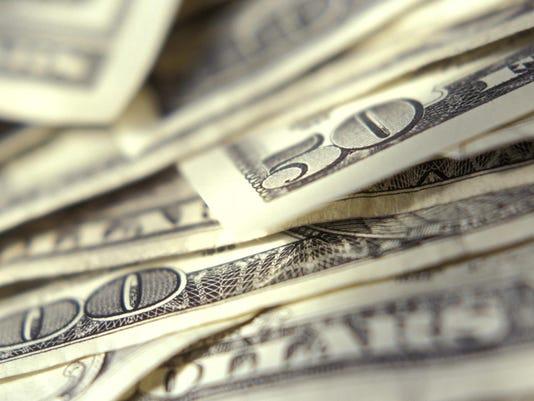 -FIN bills in 50s ThinkstockPhotos.jpg_20150724.jpg