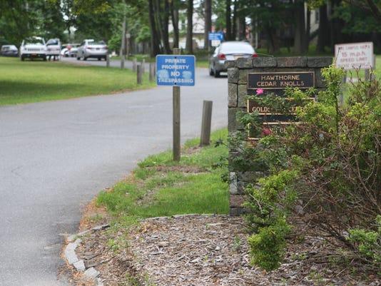 Hawthorne Cedar Knolls entrance