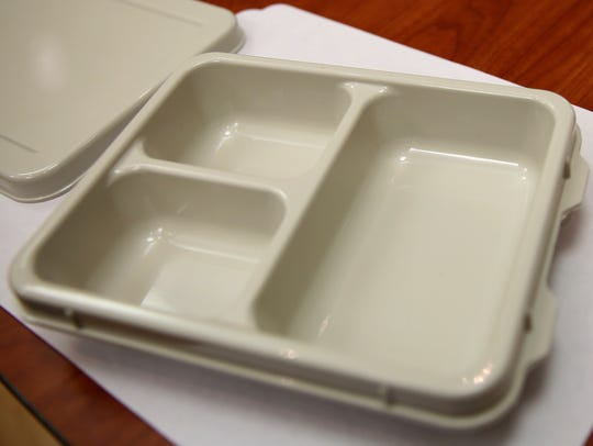 An example of a reusable tray that Meals on Wheels,