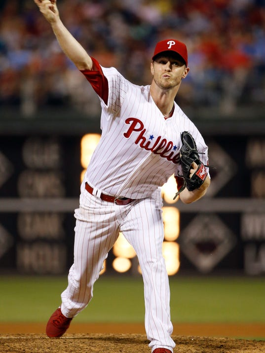 Philadelphia Phillies' Kyle Kendrick pitches during the fourth inning of a baseball game against the Washington Nationals, Wednesday, Aug. 27, 2014, in Philadelphia. (AP Photo/Matt Slocum)
