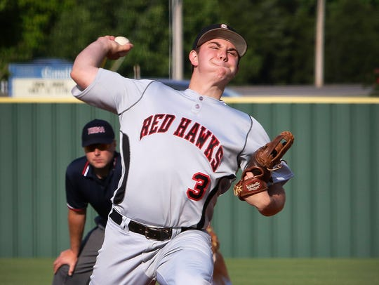 Stewarts Creek's Maddox Vondohlen went 6-2 with a save.