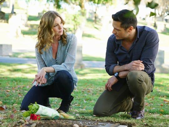 "Emily VanCamp and Nick Wechsler on ""Revenge."""