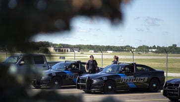 Flint airport police officer in critical condition after stabbing