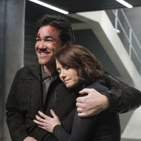 TV tonight: 'Supergirl,' 'The Voice' season premiere