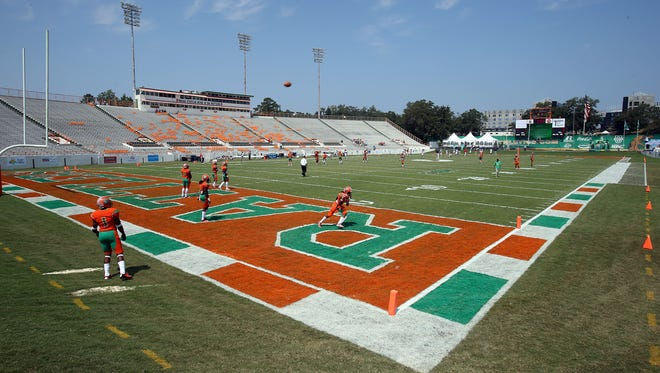 FAMU special teams players warms up at Bragg Memorial Stadium before a 2015 game.