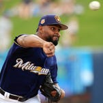 Notes: Piña, Mariñez earn spots on Brewers' roster