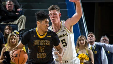 Teske's double-double helps Michigan surge past Southern Miss