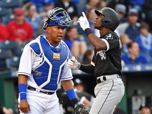 official photos ba8bf 08615 MLB: Salvador Perez upset that Tim Anderson cursed after ...