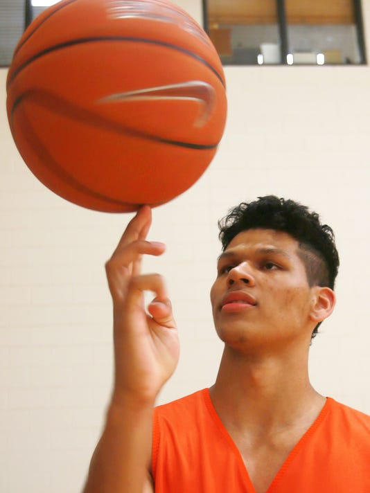VICTOR CALZADA-EL PASO TIMES UTEP newcomer Paul Thomas can either forward position.