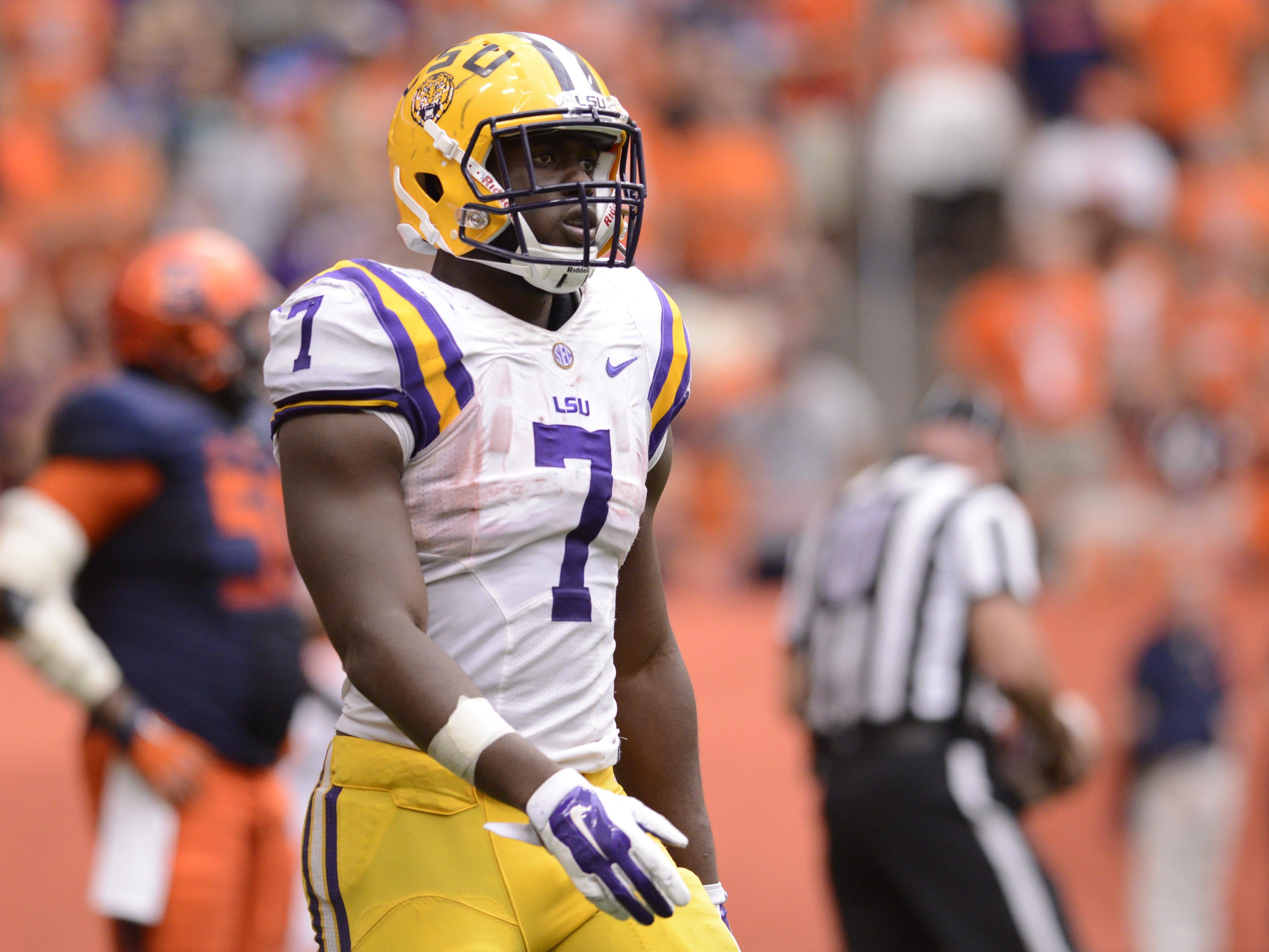 LSU running back Leonard Fournette (7) leads FBS in rushing yards per game, averaging 216 in four games.