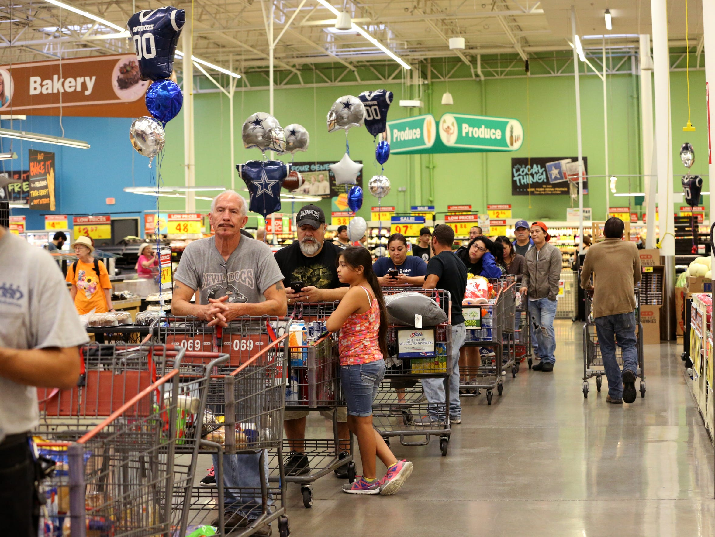 Shoppers look for last-minute supplies at H-E-B Plus