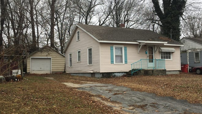 Springfield police say they found about 14 grams of meth and a 2-year-old child inside a home in the 600 block of South Warren Avenue.