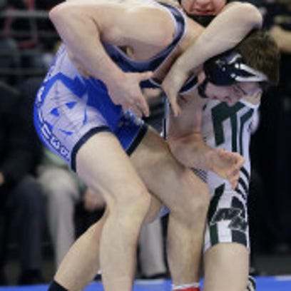 Mocco wins first state wrestling title for West Allis Hale in 55 years