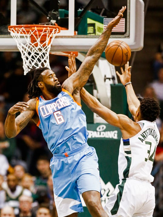 Los Angeles Clippers at Milwaukee Bucks