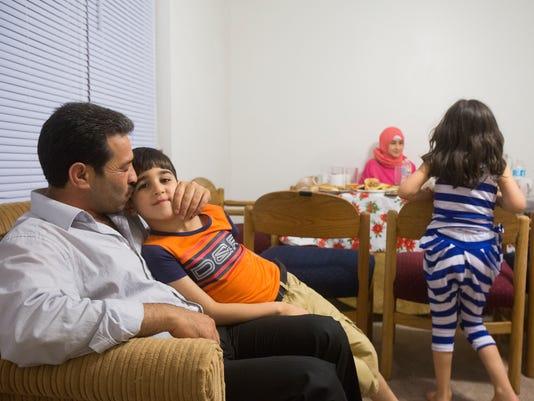 636019471089081817-160615-Syrians07-RM.jpg