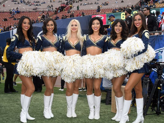 2018-03-28-rams-cheerleaders