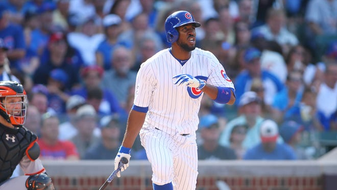 Dexter Fowler returns to the Cubs on a one-year deal.