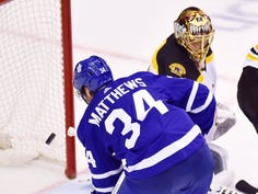 Arizona product Auston Matthews scores controversial goal as Maple Leafs take series lead over Bruins