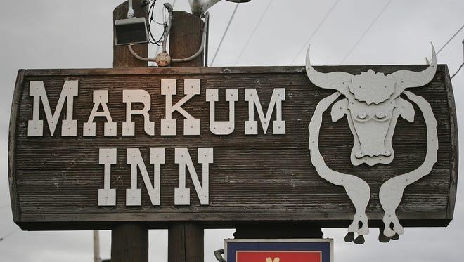 The MarKum Inn's sign, back in 2006, before the restaurant burned down in 2014.