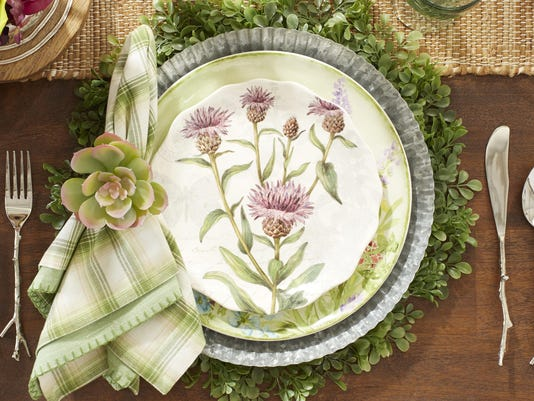 2_Greenhouse_Table_P1SU-4125-18_PLACE_SETTING_V1