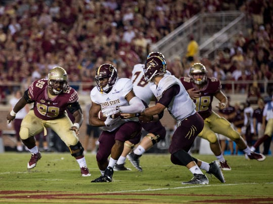 Nile Lawrence-Stample closes in on a Texas State ball