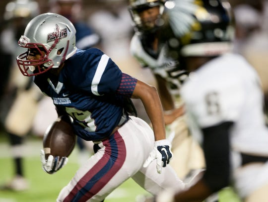 Park Crossing's Jahod Booker makes a long pass reception