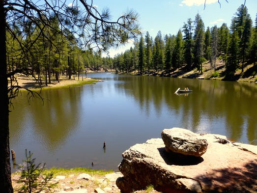 Mogollon rim scenic drive forest road 300 well stocked with trout woods canyon lake also offers publicscrutiny Images
