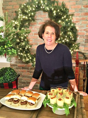 The DIY Dutchess shows how to mix elegance with fun at a holiday party.