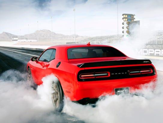 Fully throttled, the 2015 Dodge Challenger SRT Hellcat