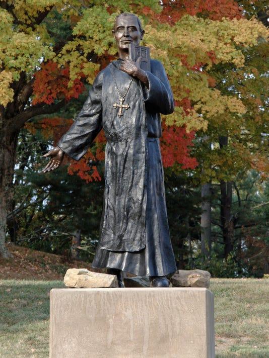 Martin Marty statue