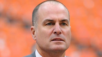 Jan 21, 2013; Syracuse, NY, USA; ESPN broadcaster Jay Bilas looks on prior to the game between the Cincinnati Bearcats and the Syracuse Orange at the Carrier Dome.  Mandatory Credit: Rich Barnes-USA TODAY Sports ORG XMIT: USATSI-104650 ORIG FILE ID:  20130121_jla_ai8_272.jpg