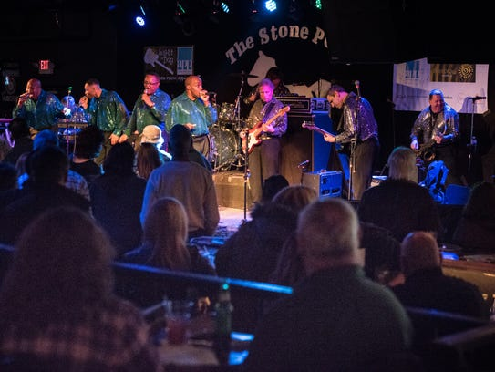 The Sensational Soul Cruisers perform. The Stone Pony