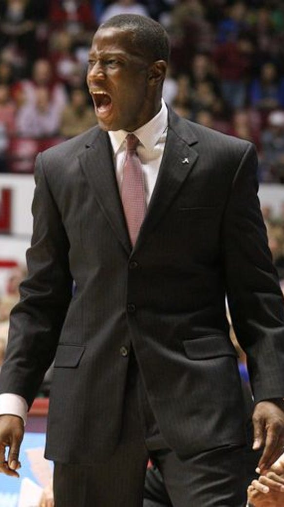 Alabama coach Anthony Grant watched his Crimson Tide