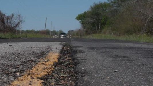 The Ouachita Parish Police Jury voted Tuesday for up to $10 million in bonds to begin road repair projects in western Ouachita Parish.