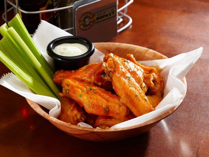Rusty Bucket - Sriracha Chicken Wings
