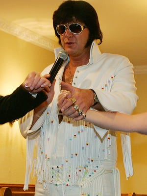 Pam and her husband were remarried by an Elvis Presley impersonator in Las Vegas.