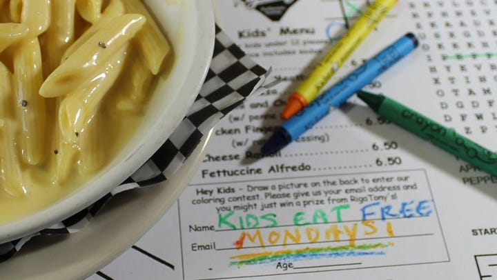 Kids eat free at these Phoenix restaurants: Chompie's, IHOP, NYPD Pizza, Denny's and more